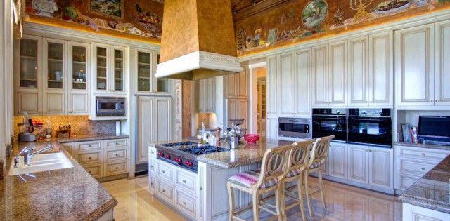 Casa De Los Suenos – $15,900,000