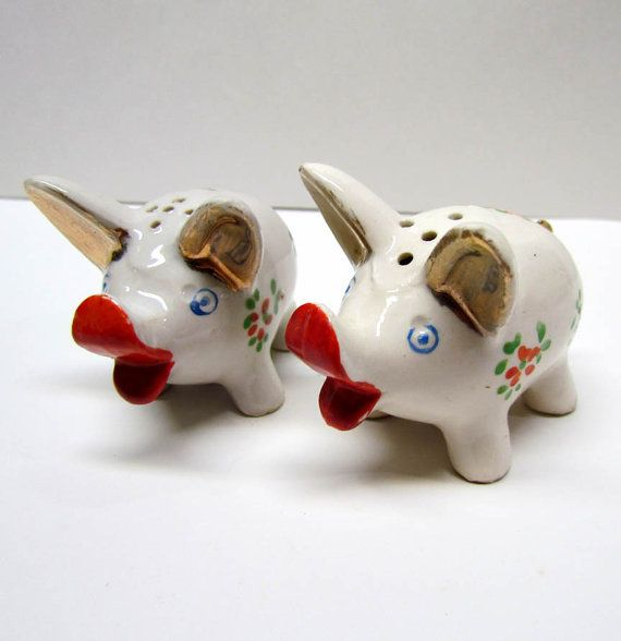 Vintage Pig Salt and Pepper Shakers Made in Japan. & Vintage Pig Salt and Pepper Shakers Made in Japan. | Salt u0026 Peppers ...