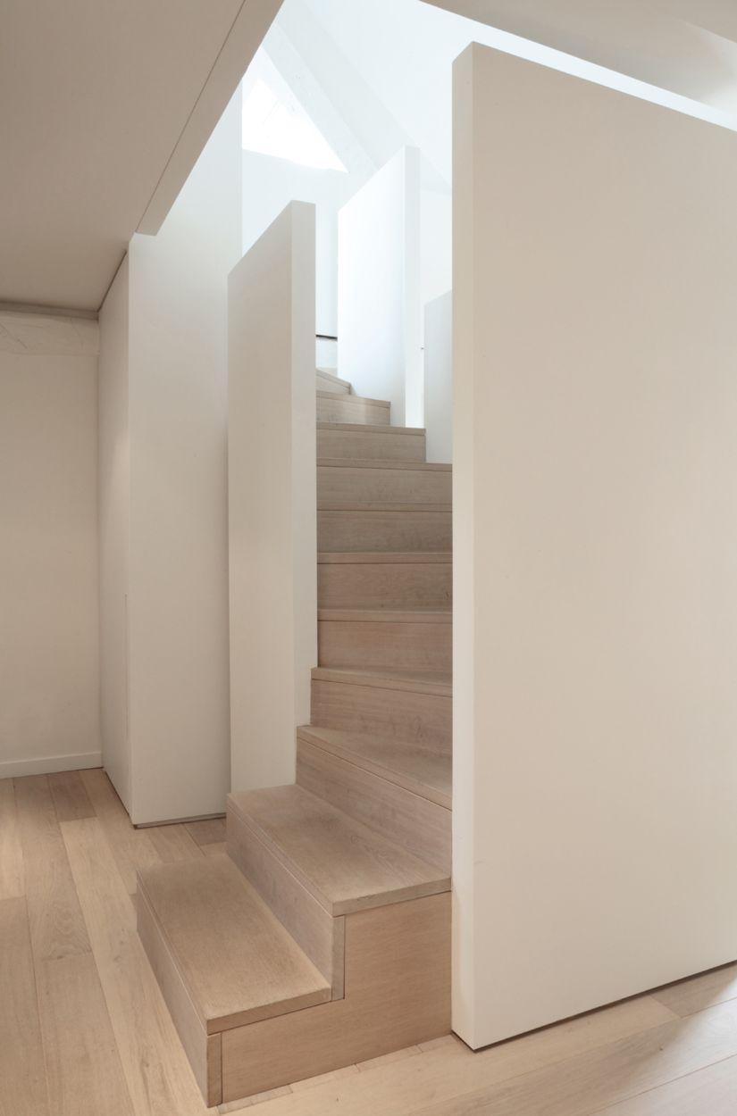 Best Semi Enclosed Stair Interior Architecture Minimalism 400 x 300