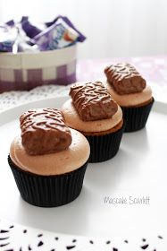 MASCAKE SCARLETT: CUPCAKES MILKA TENDER (mi chocolate preferido...)