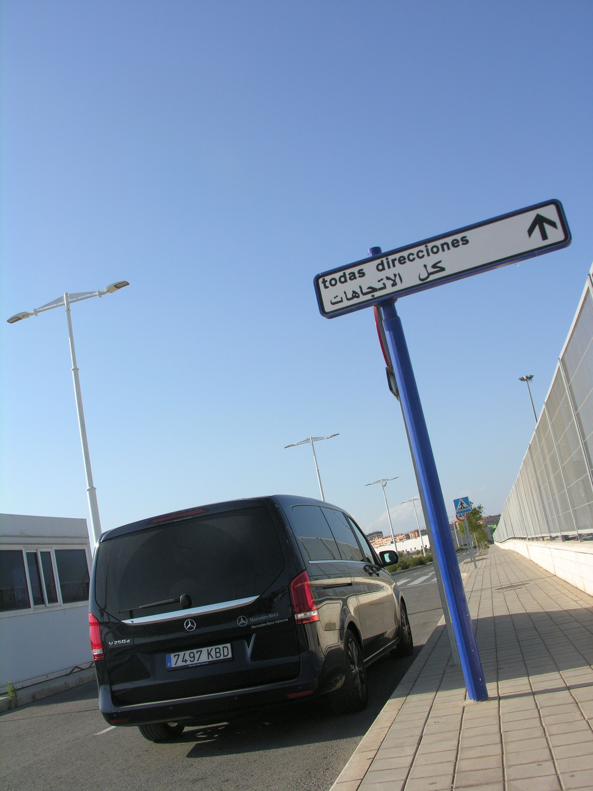 Spain High X-periences siguiendo por la costa en Alicante, en todas direciones... somos #wanderlust  Gracias Mercedes-Benz Valencia!!