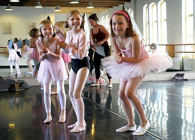 CHILDRENS LYCRA DANCEWEAR AGE 6-7 YEARS LEOTARDS HOTPANTS DANCE SHOW BALLET HB