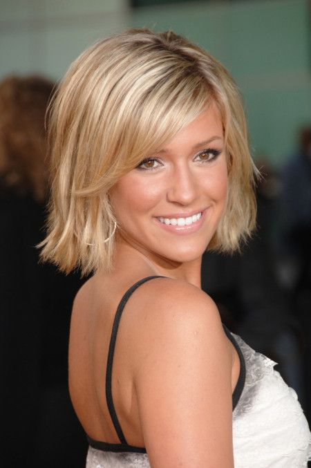 Kristin Cavallari Short Hair In 2020 Kristin Cavallari Hair Hair Styles Oval Face Hairstyles