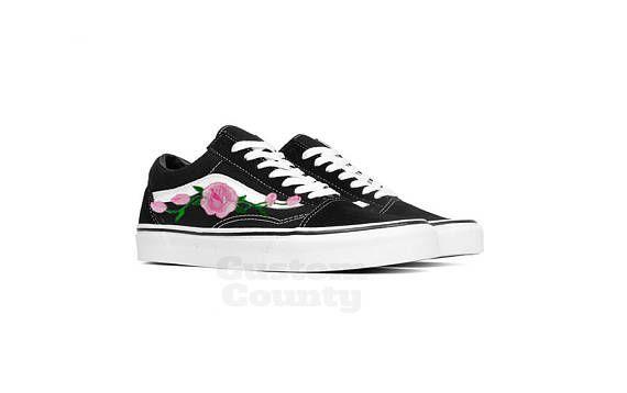 1b37f0e213 Floral Vans shoes