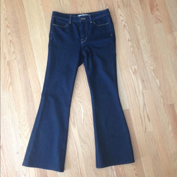 "J Brand High Rise Stretch Flare Like new hemmed J Brand jeans with 30"" inseam. Stretchy and comfy with a waist that hits just below the belly button. J Brand Jeans Flare & Wide Leg"