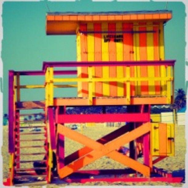 On The beach. Baywatch house at Miami Beach #iphoto #instagram #beachphoto #playa #matin #colours #color #silencio