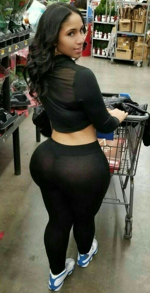african woman thick booty