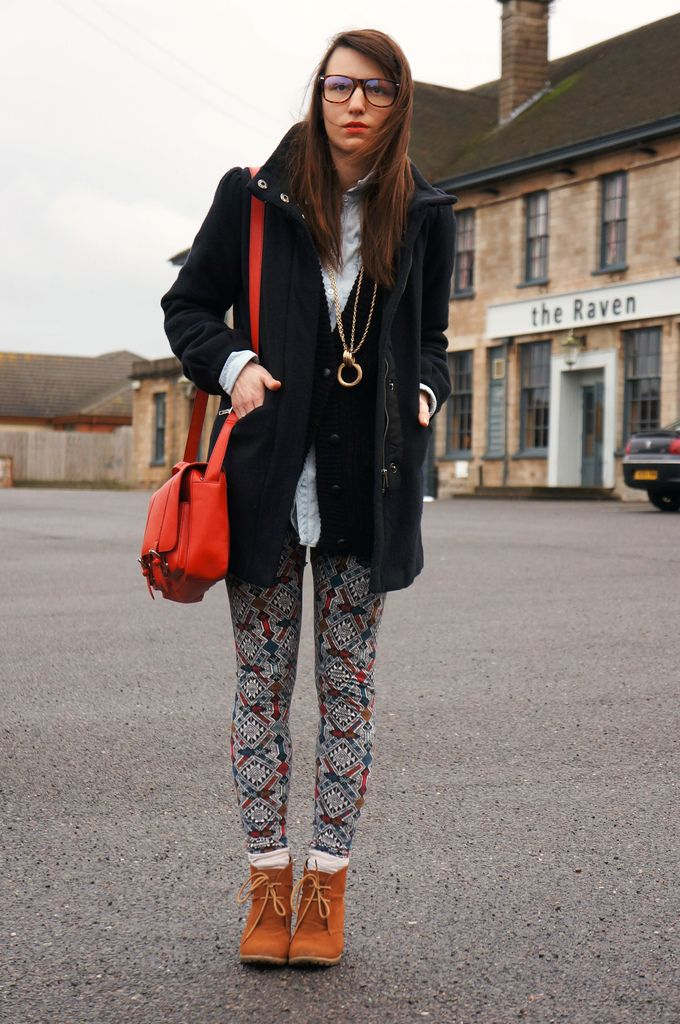 Parisienne chic with awesome stockings