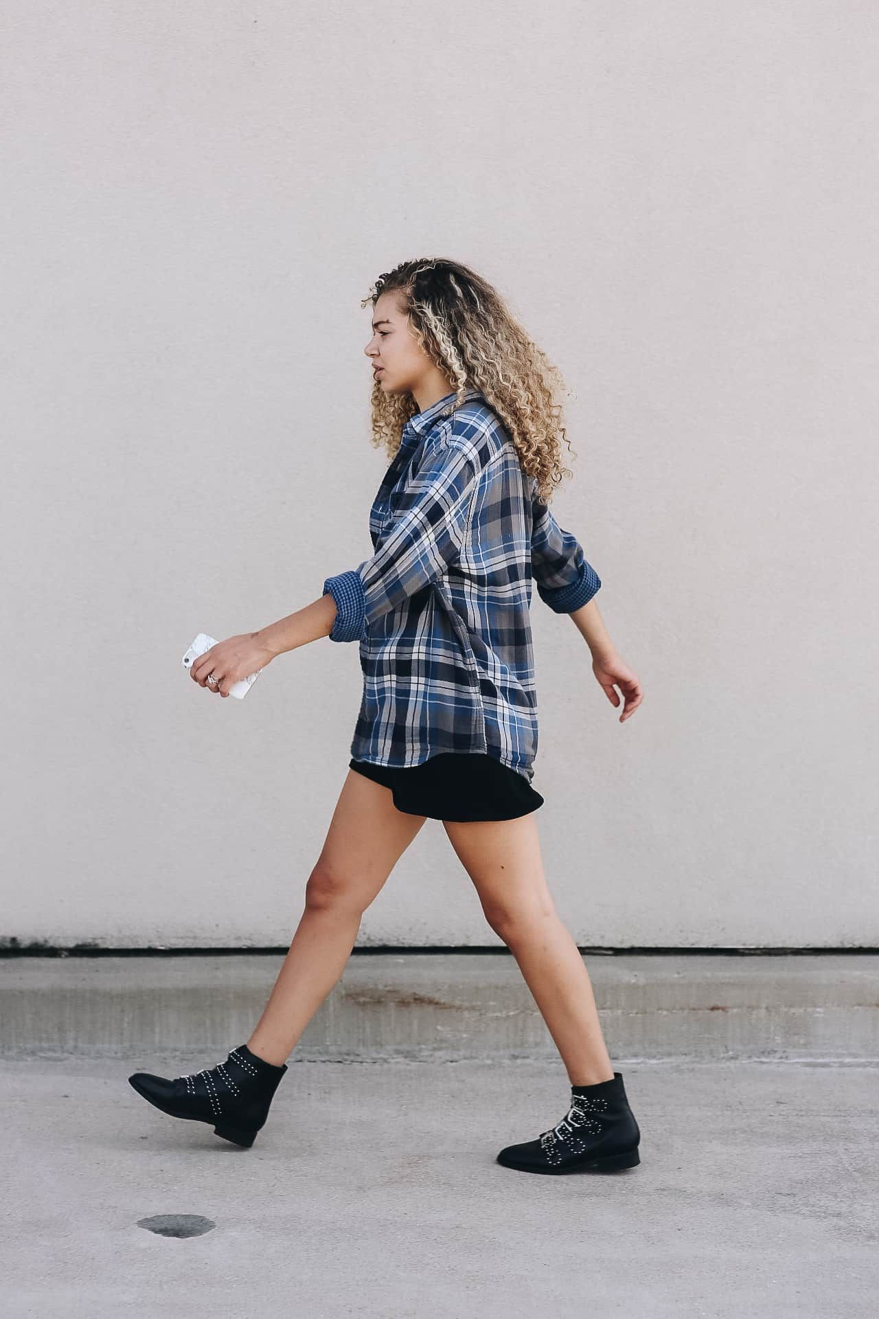Little Black Dress With Flannel And Ankle Boots Outfit Ideas Fashion Model Off Duty Look Chic Clothing Style Casual Fall Outfits Fashion Hacks Clothes [ 1920 x 1280 Pixel ]