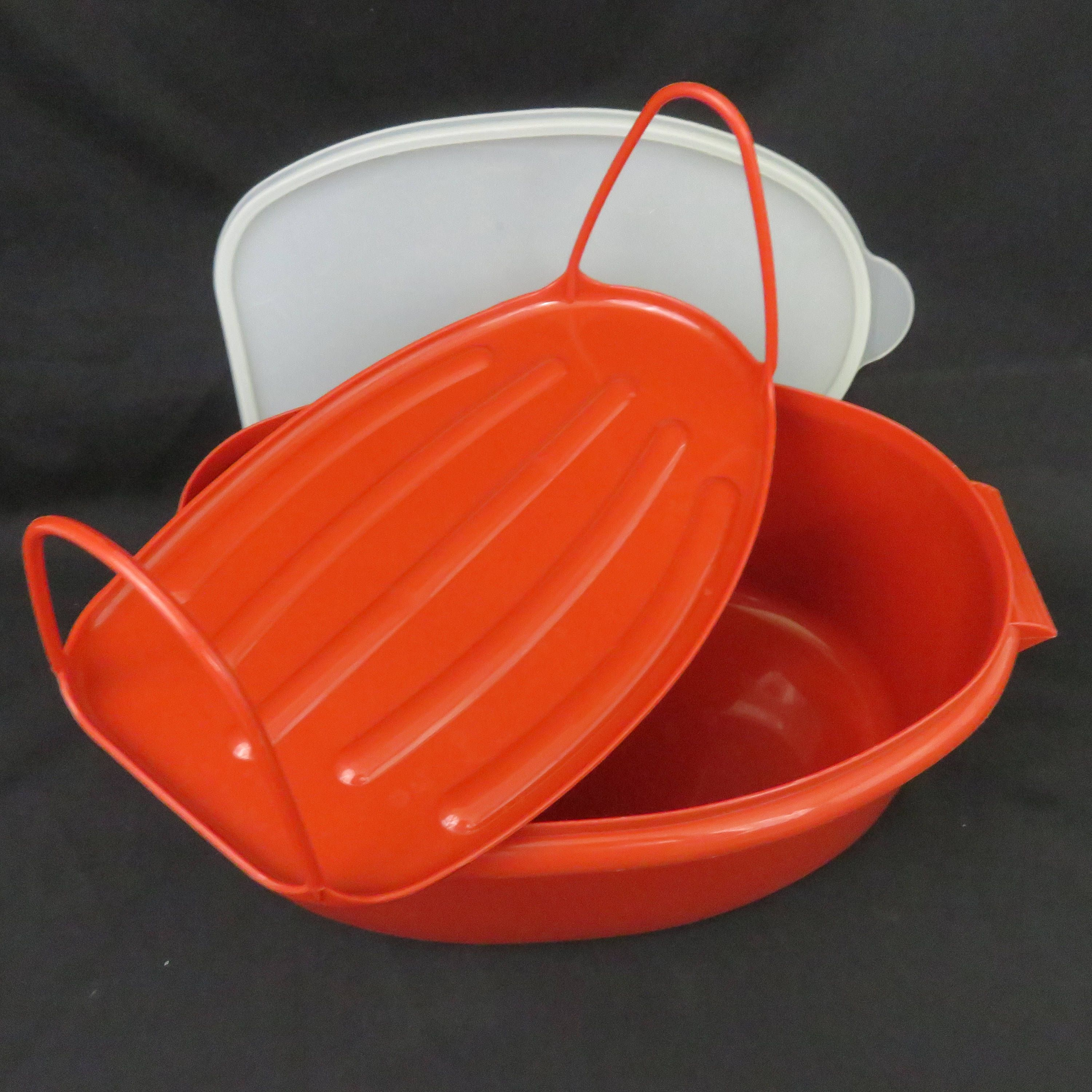 Paprika Tupperware Roast Flavor Savor Container With Sheer