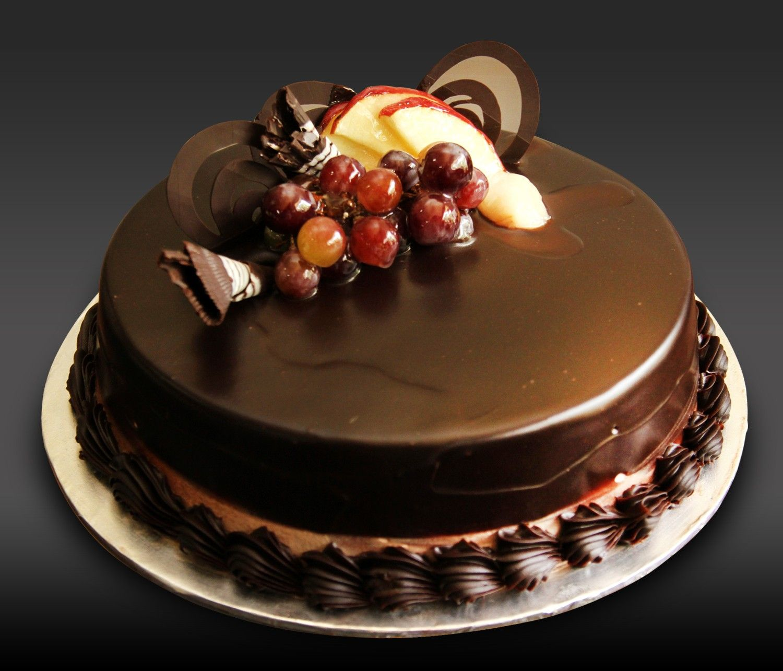 Yummy Chocolate Truffle Cake Wallpaper HD Wallpaper | food ...