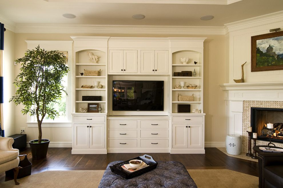 Living Room Built in Entertainment Center | Entertainment Center decorating ideas for Beguiling Living Room ...