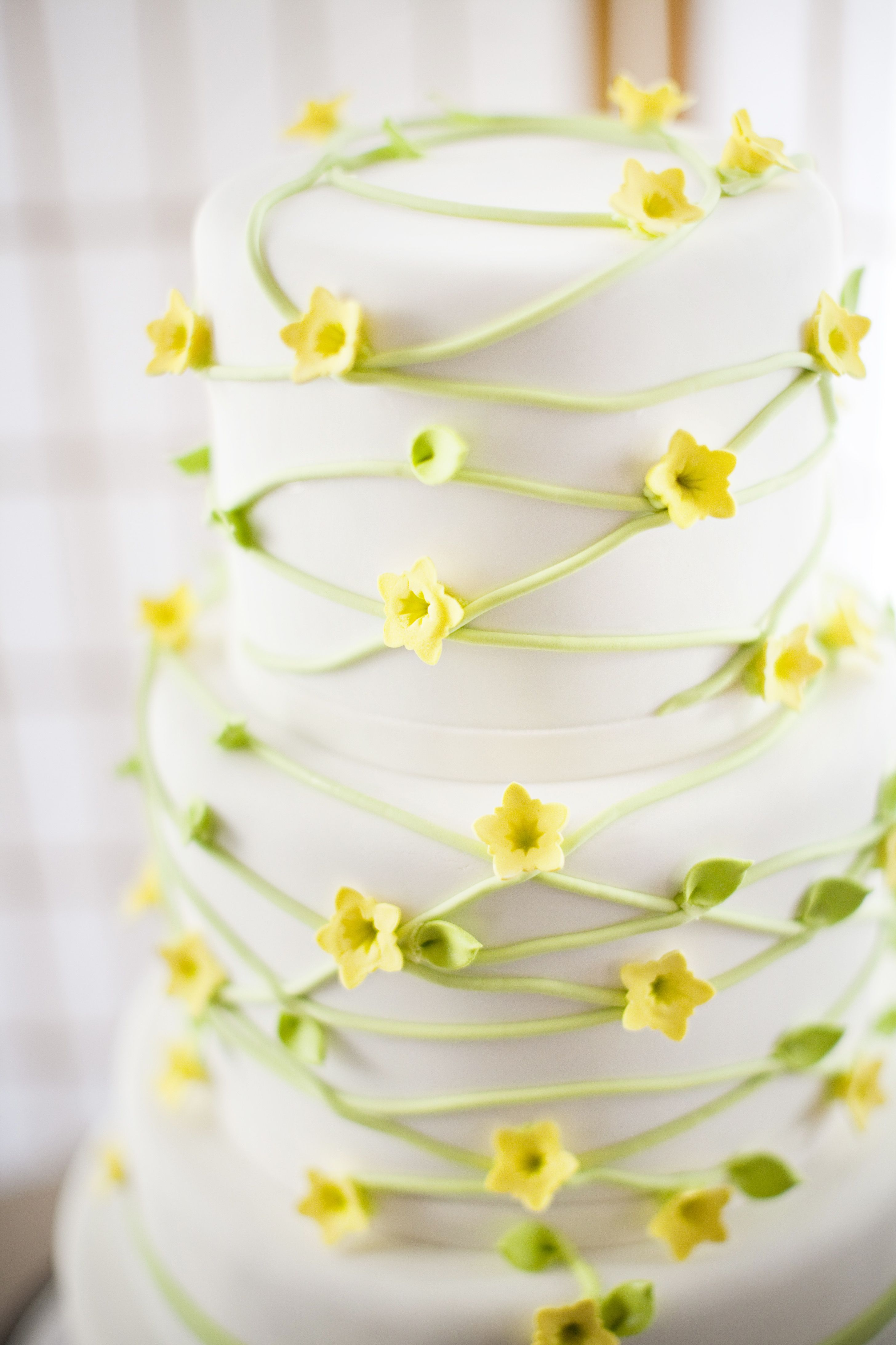 A Modern Interpretation of Yellow Jasmine & Spring Green Vines ...