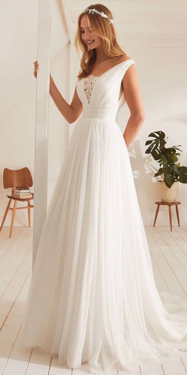 [201.79] Fantastic Tulle V-neck Neckline A-line Wedding Dresses With Lace Appliques  - magbridal.com.cn