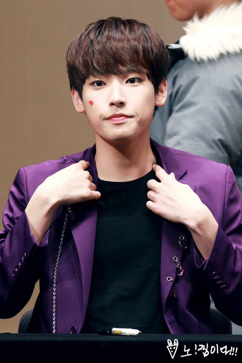 """SF9 Singapore on Twitter: """"[HQ] 161126 #SF9 Inseong at Ilsan Fansign cr. 노!잼이다!!! https://t.co/kmxCHWrMzR"""""""