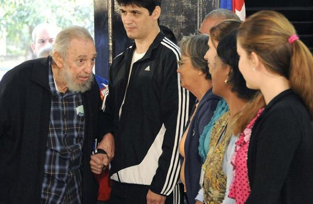 Cuban leader Fidel Castro appeared in public after three years / Cuba News