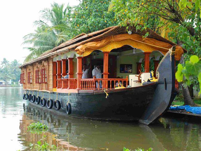 All Houseboats Kerala Allhouseboatsin On Pinterest