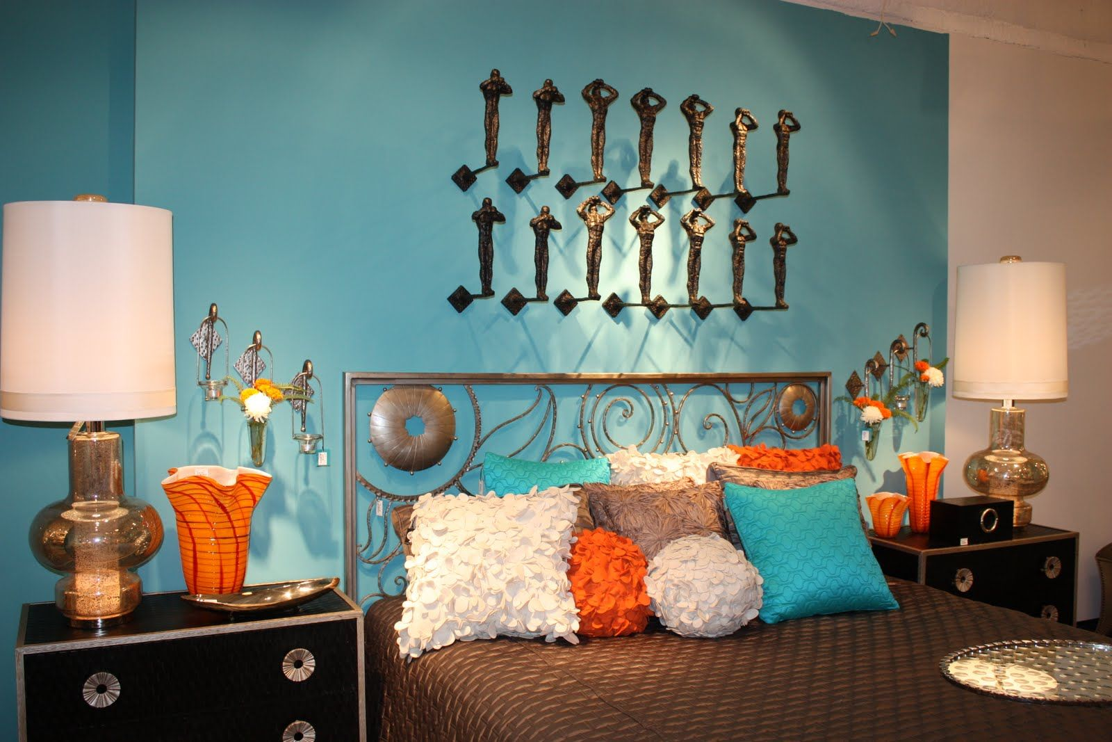 Aqua And Orange Bedroom | For your more conservative side ...