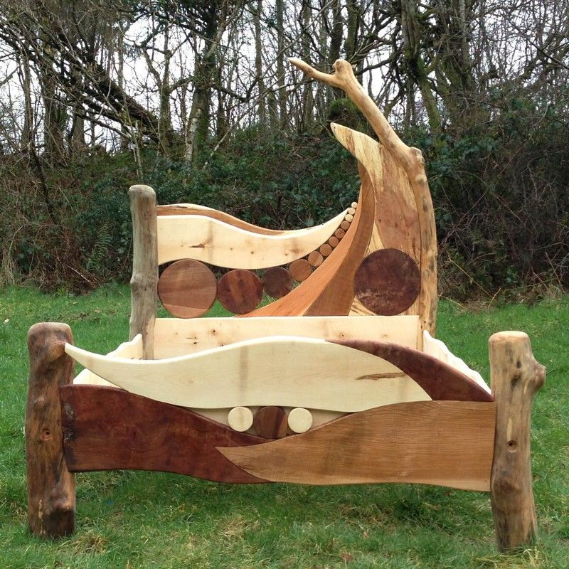 Bespoke Wooden Bed Frames - Frame Design & Reviews ✓