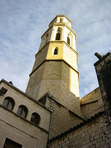 Figueres, Catalonia, Spain - the Church of Sant Pere by Paul Anthony Moore, via Flickr