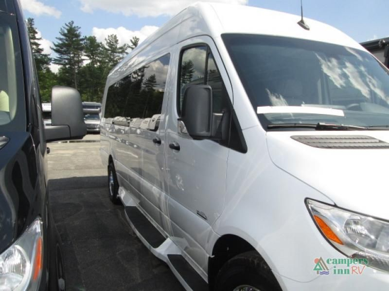 New 2020 Midwest Daycruiser D6 Motor Home Class B Diesel At