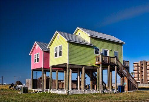 Houses On Stilts In Corpus Christi Tx For Flood Control Copyright Jack Rogers Via Google Tiny Beach House House On Stilts House