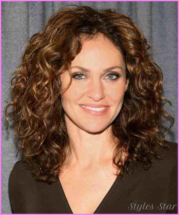Cool Medium Haircuts Curly Thick Hair Medium Curly Hair Styles Curly Hair Styles Naturally Curly Hair Styles