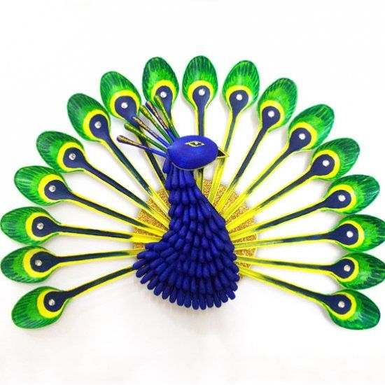 Recycled crafts could not get more beautiful than this bright and recycled crafts could not get more beautiful than this bright and decorative plastic spoon peacock solutioingenieria
