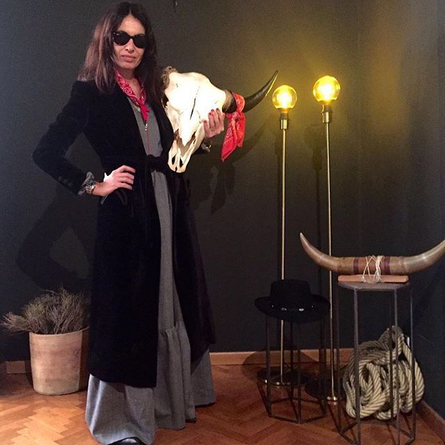 "Blazé girls, if you're wondering, are going also for coats. Love the new ""Sip Liquors Slowly"" FW16 Collection!!! In the pic with me: ""BLT"" the buffalo with #redbandana!!! @blaze_milano @corrada_rda @margheritacardelli @sunshine_torlonia"
