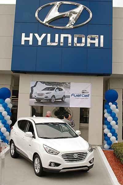 Hyundai Ix35 Tucson Fuel Cell Vehicle Review Hydrogen Vehicles