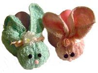 Make these to hold Easter eggs, but use them as Boo-boo bunnies, holding an ice cube, after Easter.  Best washcloths to use  are the cheap, thin pastel colored ones.