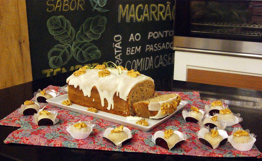 BOLO DE NOZES COM GLACÊ DE LIMÃO, UM BOLO DELICIOSO QUE VOCÊ PODE FAZER E VENDER, E ENFEITAR SUA MESA COM ESSE LINDO BOLO.  http://cakepot.com.br/bolo-de-nozes-com-glace-de-limao/