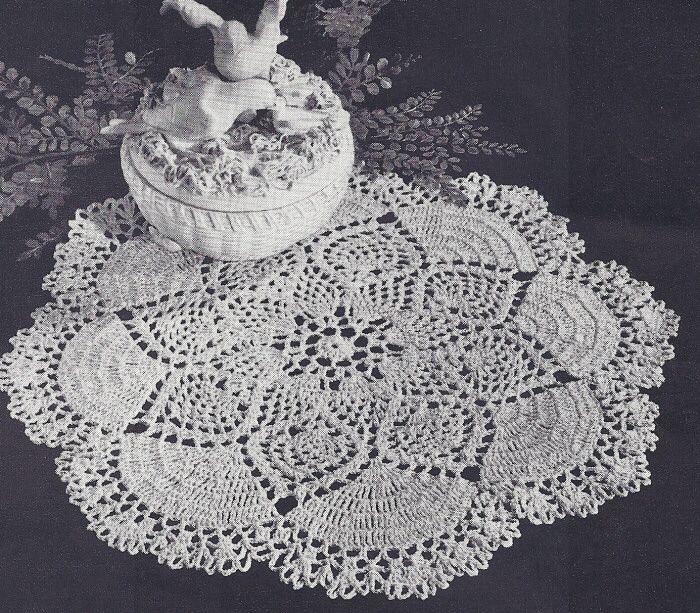 Free+Crochet+Doily+Patterns | GRAPES DOILY CROCHET PATTERN | Easy ...