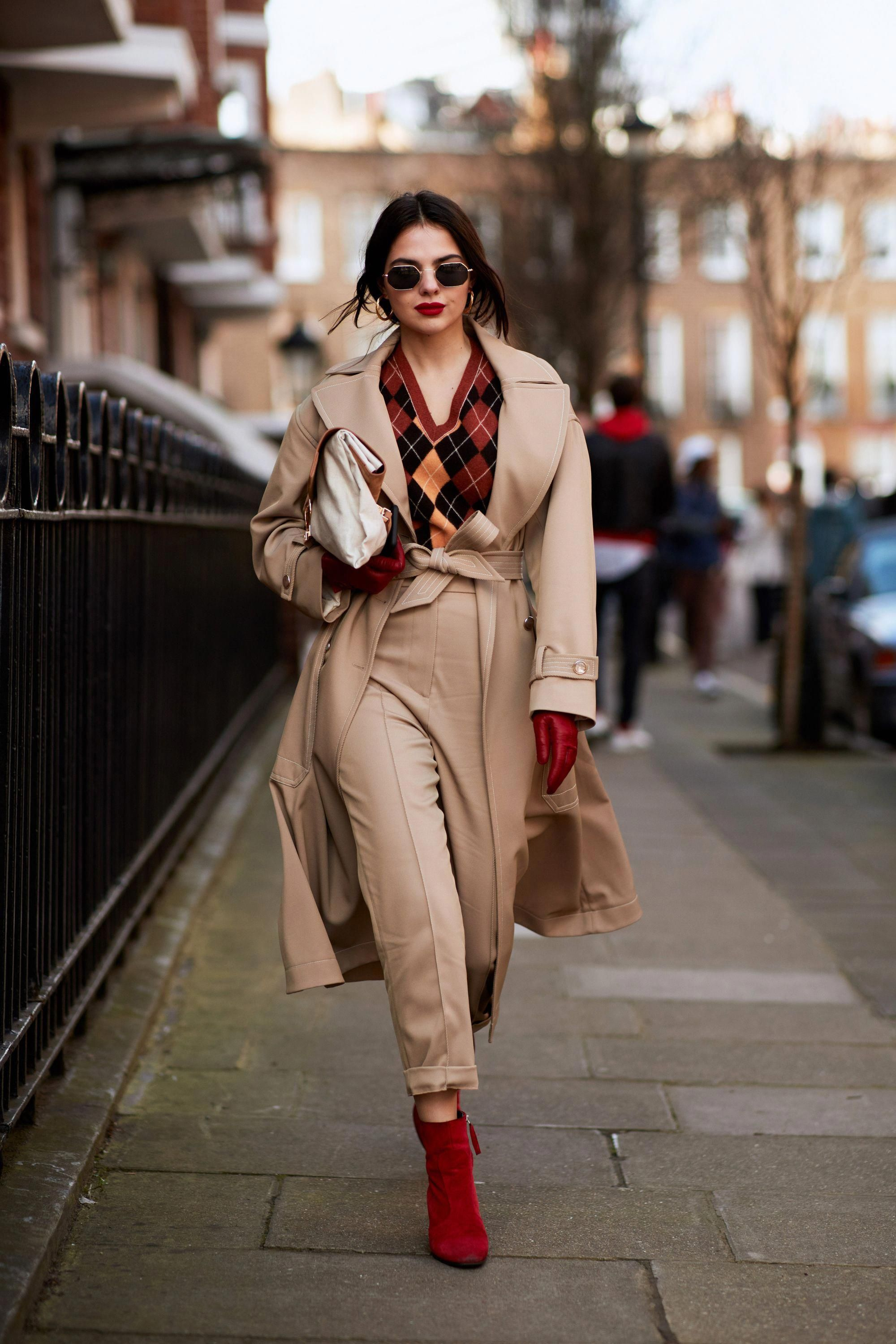 2bb4d045a29 The Best Street Style Moments From London Fashion Week Fall 2018 - Camel  and Red  Trending from InStyle.com