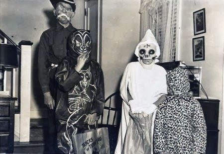 these early 1900 halloween costumes are freaky especially number - Halloween Costumes 1900