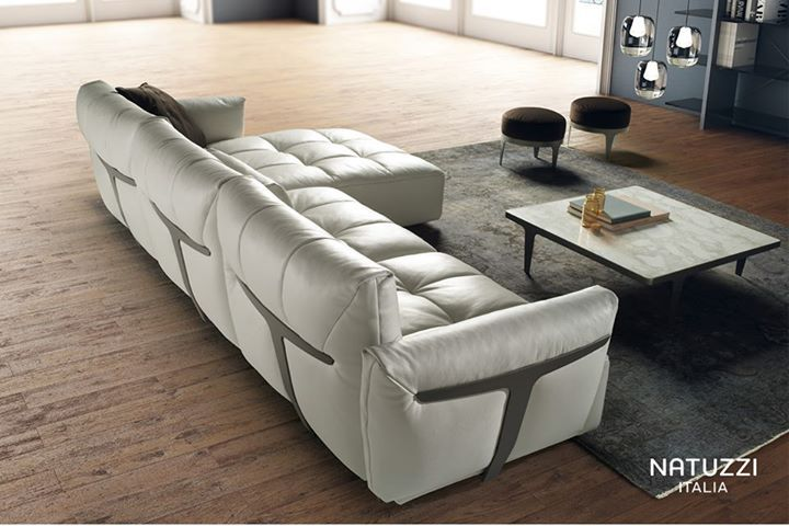 NATUZZI Not just a sofa with the possibility to combine it in
