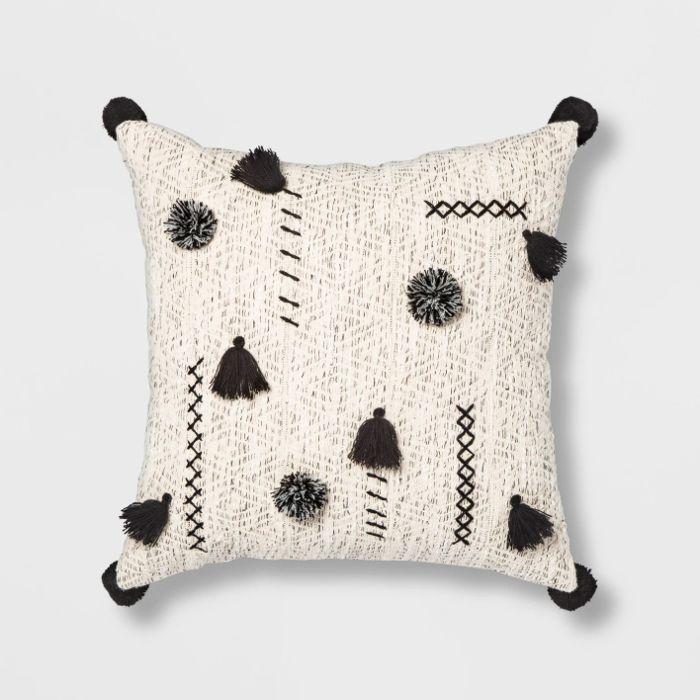 Black And Cream Decorative Pillows  from i.pinimg.com