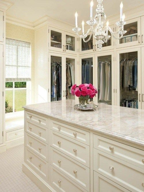 Window, Island, Counter Color, Flowers, Cabinets, Chandelier | Photo: Pinterest - Dream Closet Design on The Suburban Diary