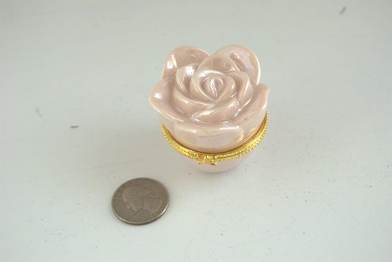 New In Box Mary Kay Pink Rose Hinged Collectible Box Floral Trinket Box Rose Porcelain Shipping Included Mary Kay Pink Pink Rose Mary Kay