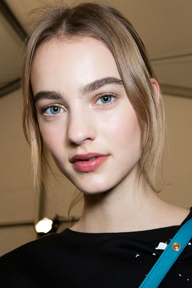 The Best Runway Beauty Looks from NYFW Fall 2016 | Daily Makeover