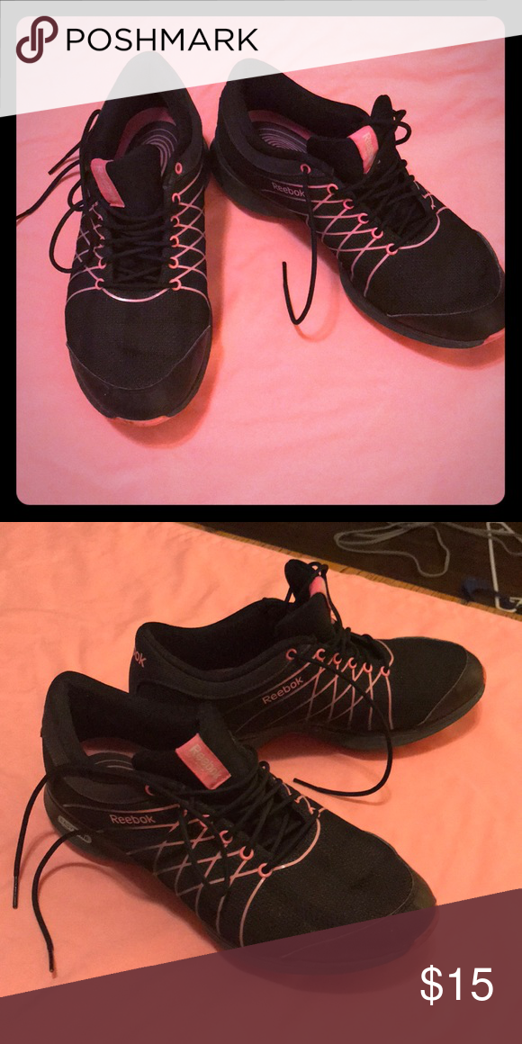1937c0b47bc8 Reebok Shoes. Great Condition Black  Pink Reebok. Like new Reebok Shoes  Athletic Shoes