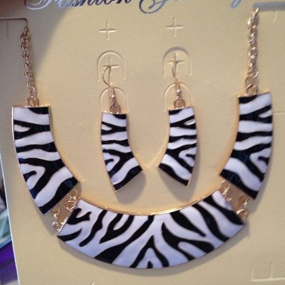 I just discovered this while shopping on Poshmark: Zebra SetNWT. Check it out! Price: $10 Size: OS, listed by ladieegx3