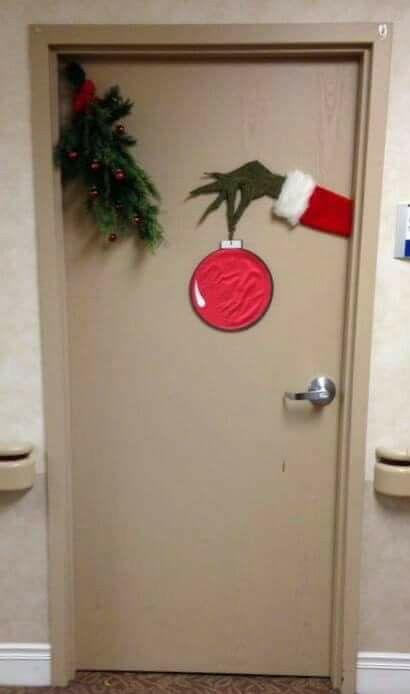 The Grinch Minimal Decor I Love It Office Christmas