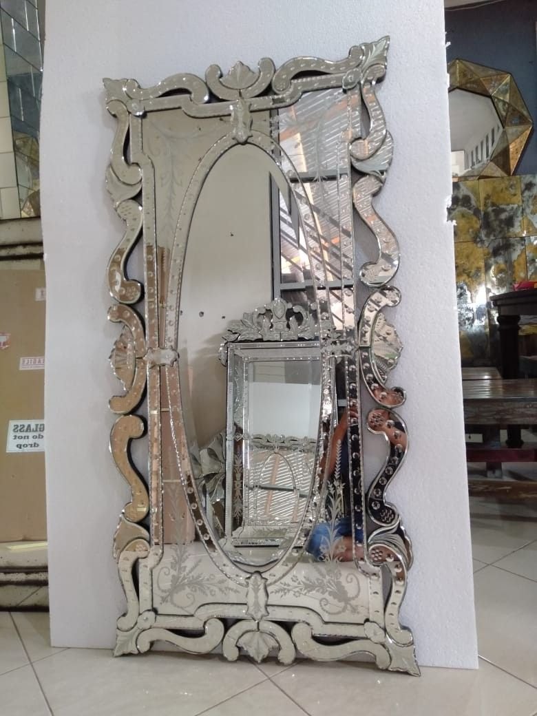 style mirror by hand mand from Indonesia