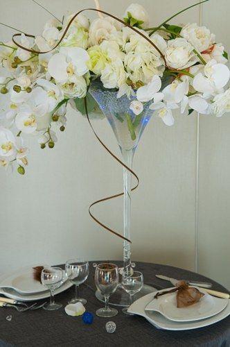 Resultat De Recherche D Images Pour Centre De Table Verre Martini Geant Centre De Table Mariage Deco Table Mariage Table Mariage Verre Martini