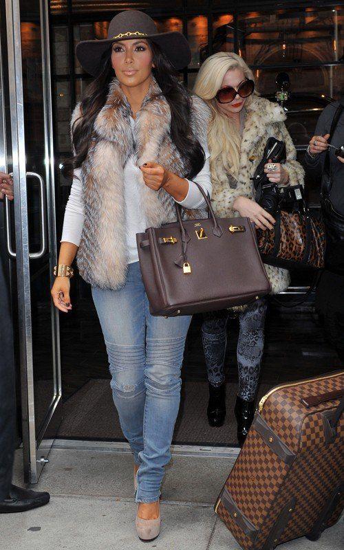 Kim Kardashian Carrying Her Hermes Birkin Bag 10 000