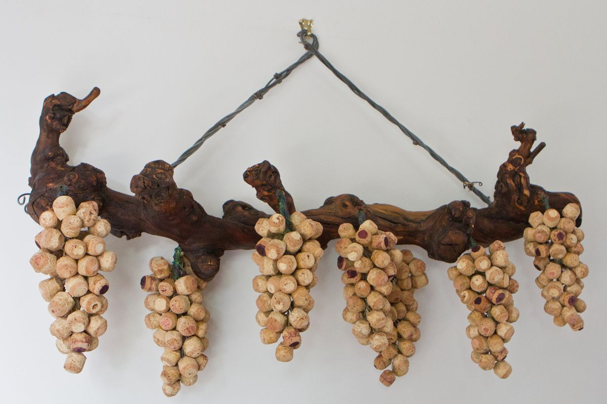 hanging cork grape clusters made from wine corks. Black Bedroom Furniture Sets. Home Design Ideas