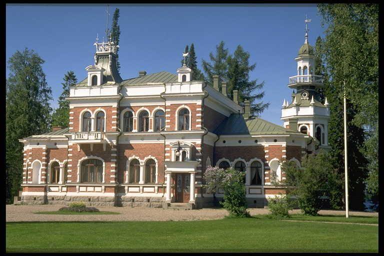 Inha (Ähtäri).Uusgoottilaistyylinen Ruukinkartano. 1991. Manor house (1899). | Mansions, House styles, Manor house