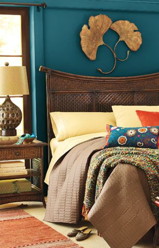 LOVE the color for bedroom or dining room.