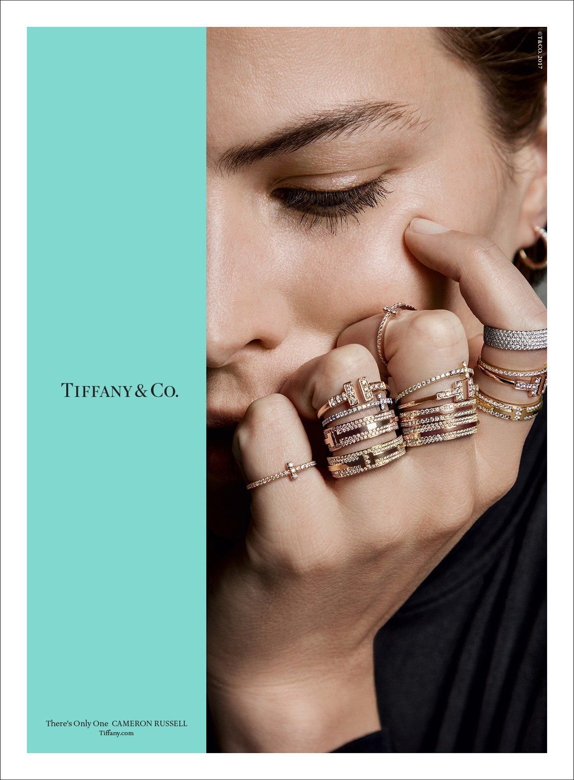Tiffany Co Fall 2017 Campaign Is Very Cool Glamour Tiffany And Co Jewelry Jewelry Editorial Jewelry Ads